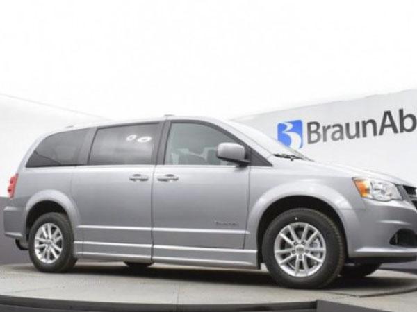 Mobility Vehicle for Rent - Dodge Power Foldout XT