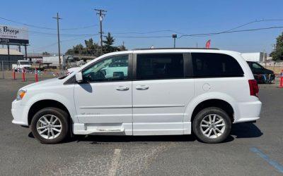 Used 2015 Dodge Caravan SXT
