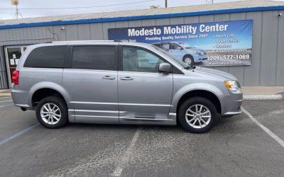 USED 2019 Dodge Caravan SXT
